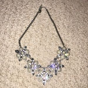 Silver Charming Charlie floral necklace